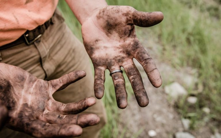 Dirt covered hands